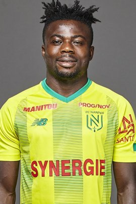 photo Moses Simon